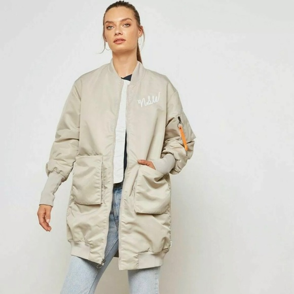 Nike Jackets & Blazers - NIKE WMNS NSW NSP PARKA INSULATED MA1 SIZE MEDIUM